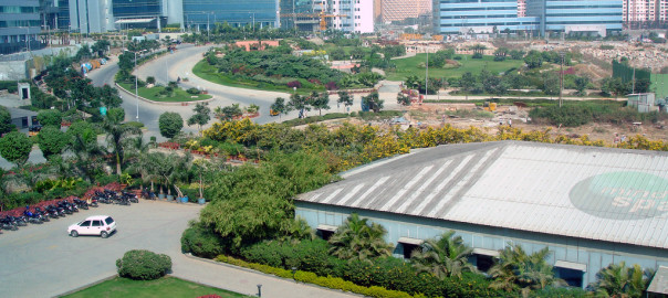 MindSpace_campus_in_Hyderabad,_India[1]