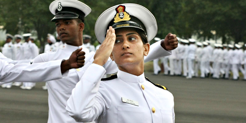 dating a girl in the navy Meet military singles bringing over 600,000+ military personnel and civilians together review your matches join free.