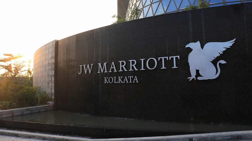 jw_marriott-kolkata-entrance