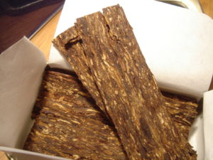 Tobacco that will be sliced into flakes