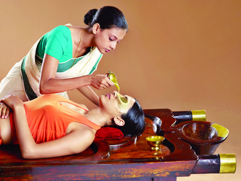 Tharpanan therapy, cleansing of eyes with herbs and medicinal oils