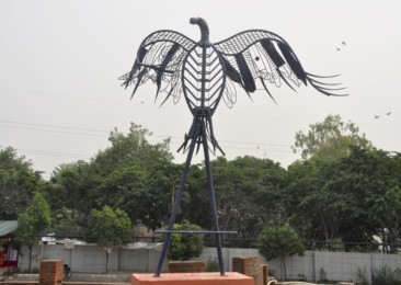 Delhi metro's masterstroke of turning waste into art