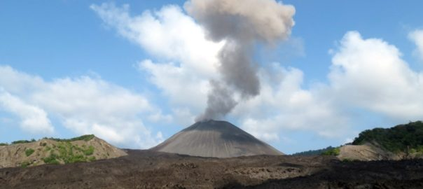 phoca_thumb_l_31_the_ash_volcano_on_barren_island