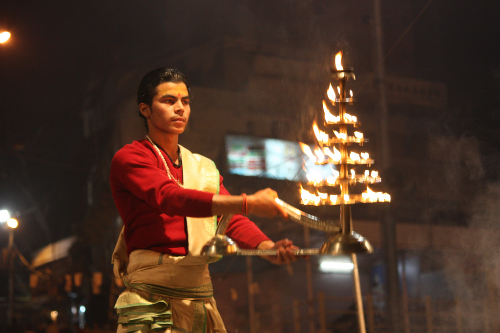 Evening aarti at the banks of Yamuna river