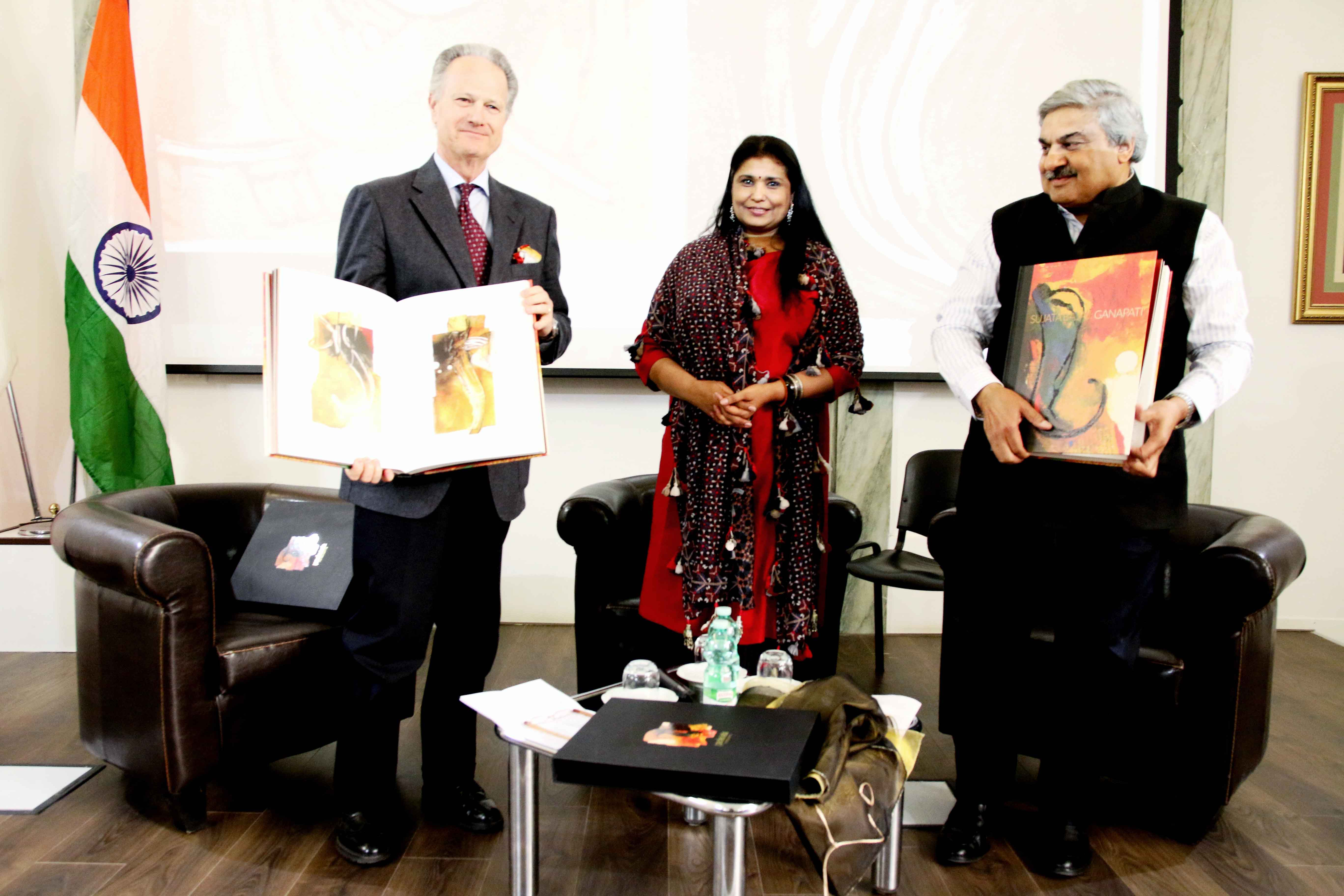 From left to right: Professor Francesco Buranelli, Inspector of the Pontifical Commission for Sacred Archeology of Vatican and Secretary of Commission for Cultural Heritage of the Church, Sujata Bajaj and Indian Ambassador Anil Wadhwa