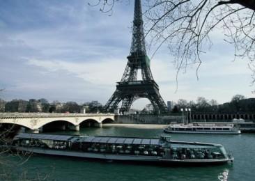 Look up to Bateaux Parisiens Cruises for a quick tour of Paris