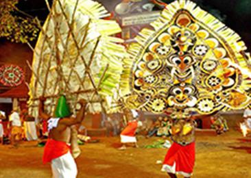 Kerala's Kadammanitta Padayani festival and its many colours