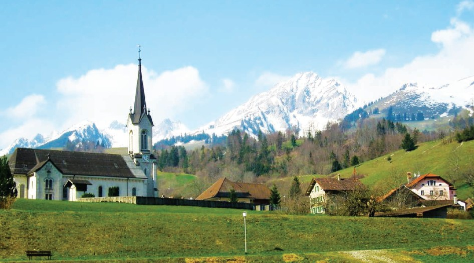 Shah Rukh's love towards Kajol in the film is shown to blossom in the Church of St. Grat, Montbovon