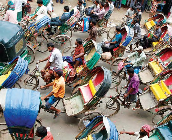 Watching rickshaw drivers scream and ring their bells can make for an entertaining afternoon