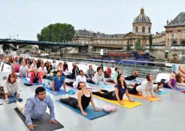 Quand le yoga alimente le débat politique