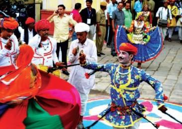Jaipur se met aux couleurs du teej