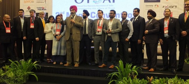 OTOAI President Guldeep Sahni along with other members addressing the delegates