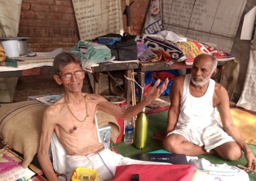 TN farmers shed clothes to have their voices heard