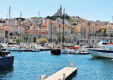 Walking through Marseille A sea side adventure