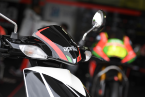 The Italian edge makes this Aprilia performer a great looker