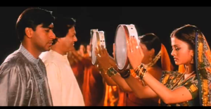 "A screen grab from the move ""Hum Dil De Chuke Sanam"" where Karva Chauth is being celebrated."