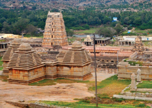 Ajmer : temple rouge et ville d'or