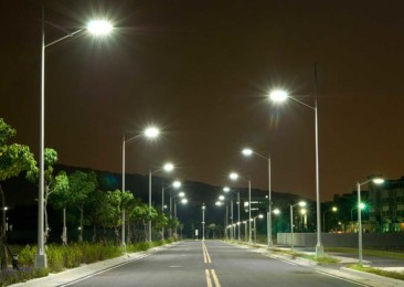 India witnesses world's largest street light replacement programme