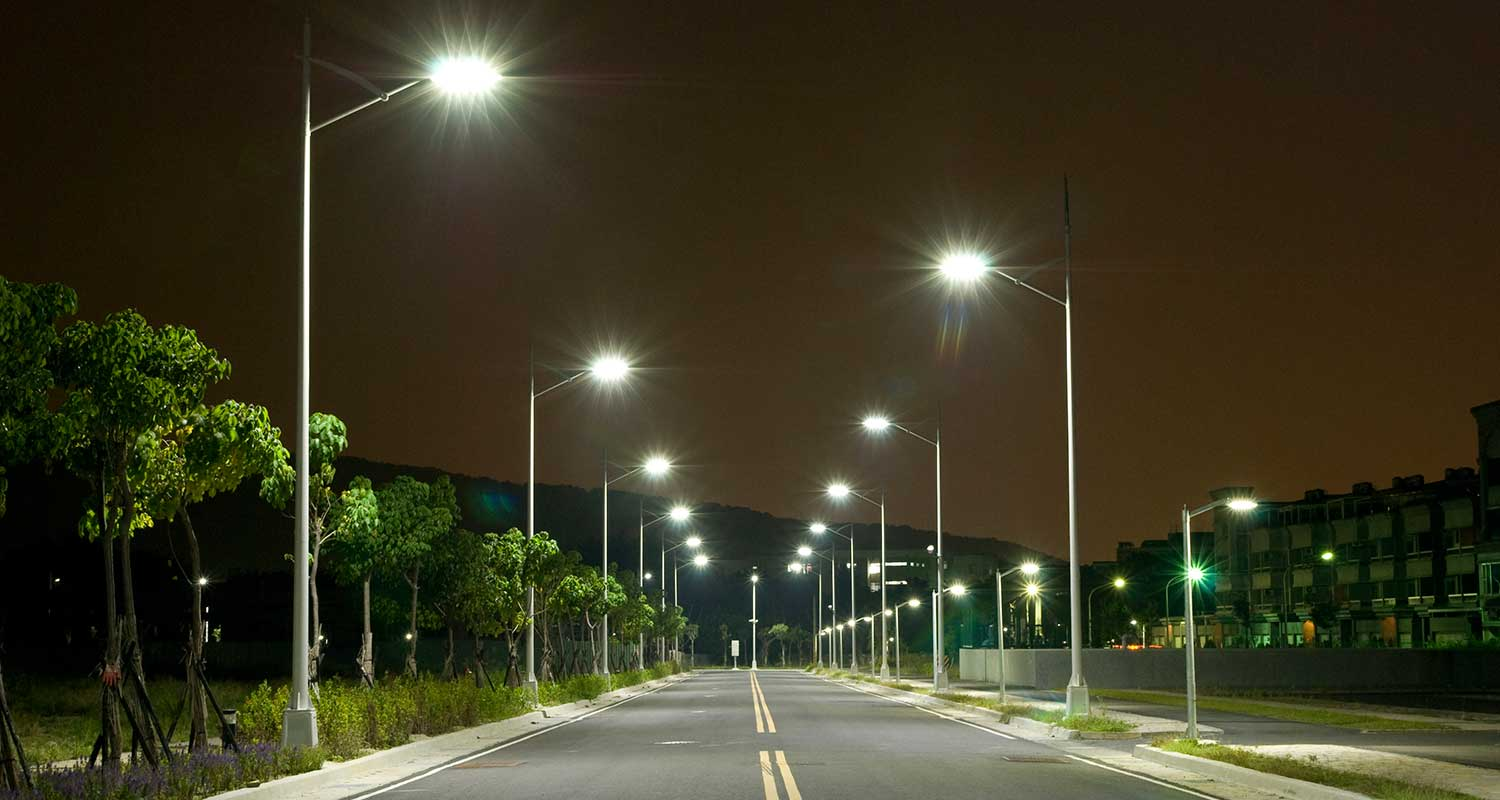 Street Light Replacement Programme to reduce 168 thousand tonnes of greenhouse emission per annum & India witnesses worldu0027s largest street light replacement programme ...
