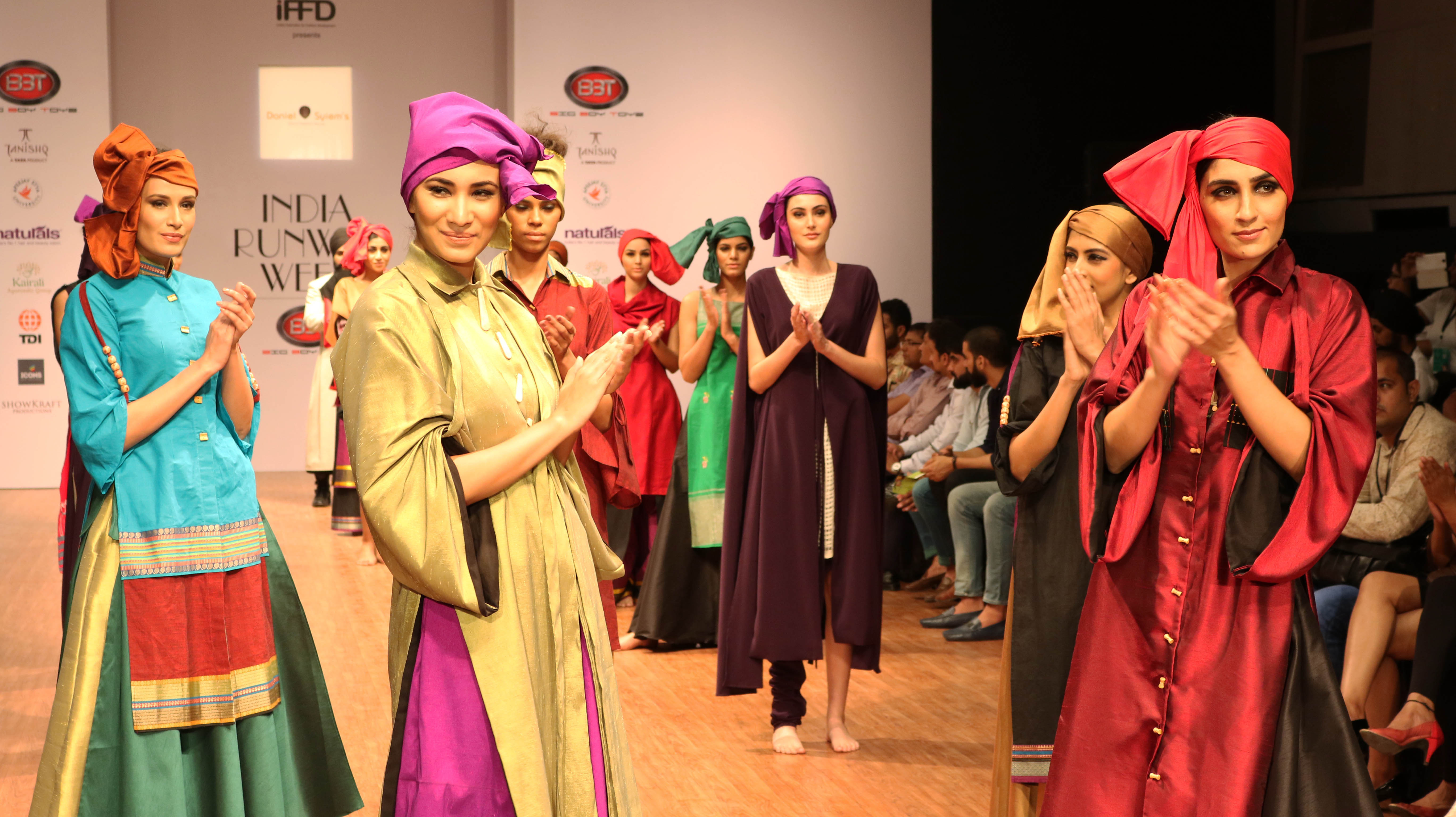 What\u0027s trending at fashion shows in India?