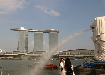 Singapore creates tourism records in 2016