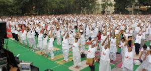 Many people participate in the SVYASA World Yoga Day celebration. Picture- svyasa.edu