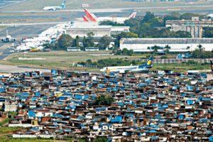 mumbai-airport-slum-3-621x414
