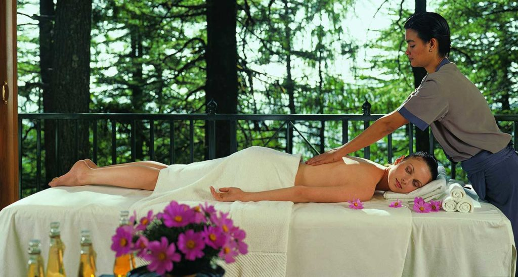 The spa offers its visitors a rich view of the Greater Himalayas