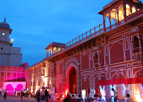 Restoring a movable palace from the Mughal era