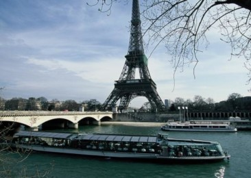 Look up to Bateaux Parisiens Cruises for a quick tour of Paris