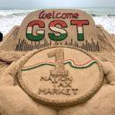 Installation artistique de Sudarshan Pattnaik pour commémorer la GST sur la plage « Puri » dans l'Odisha (Est)