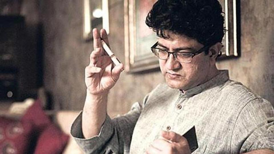 Prasoon Joshi's appointment is being rejoiced by Bollywood