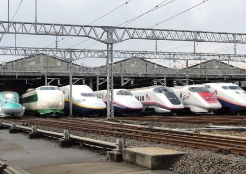 How safe are Kolkata local trains?
