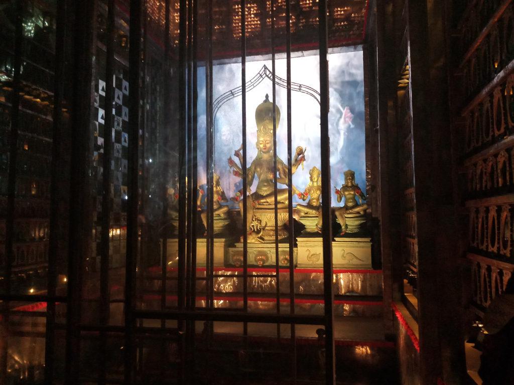 95 Pally and the illusory Durga