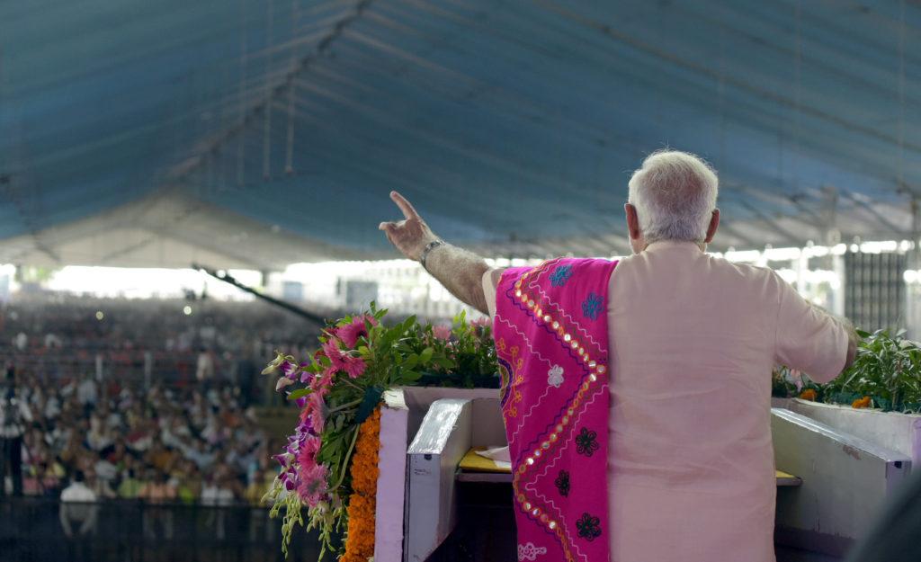 Narendra Modi addressing the public meeting, at Dabhoi, Gujrat on September 17, 2017 (PC: PIB)