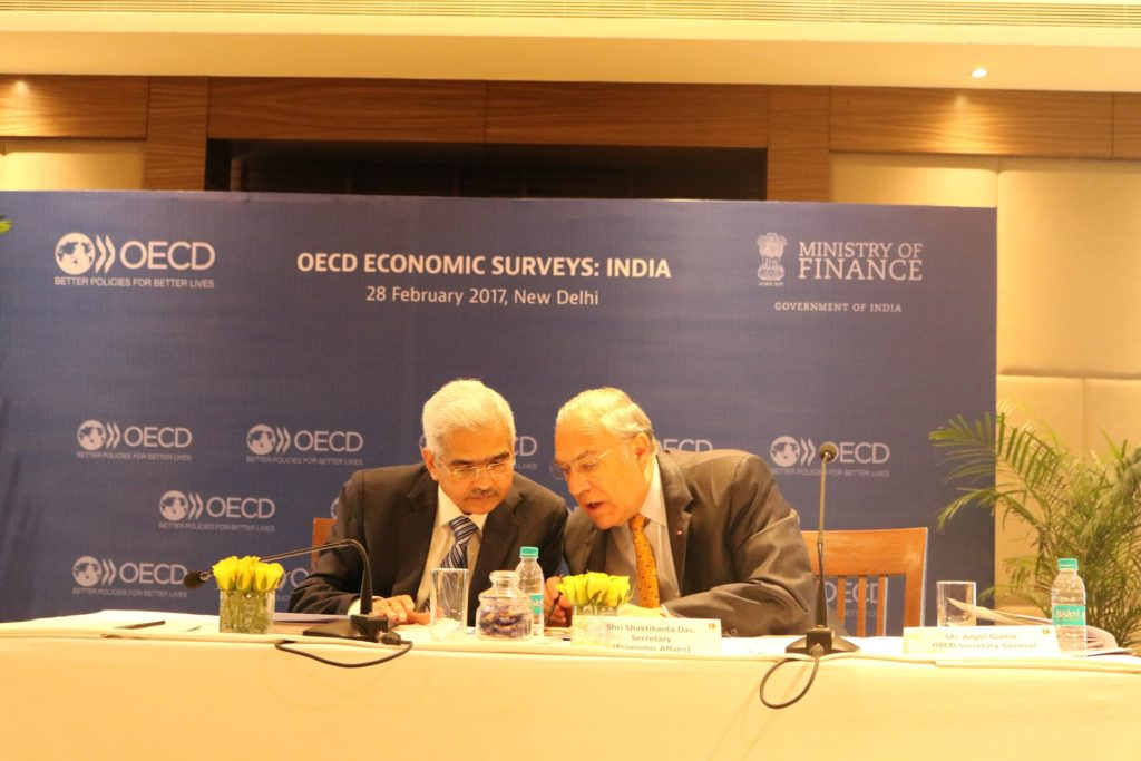 India's Secretary Economic Affairs Shaktikanta Das and OECD Secretary-General Angel Gurría in a Press Conference in New Delhi in March 2017