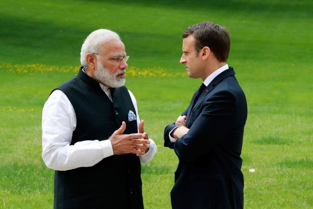 Indian PM Narendra Modi and French President Emmanuel Macron during Modi's visit to France in June this year (PC: Mathrubhumi Twitter)
