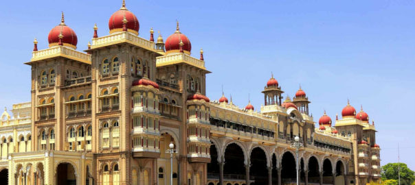 Dotted with spice and coffee plantations, jungles teeming with tigers and Asia's biggest population of elephants, and famous beer craft, Karnataka is a mixing pot of cultures
