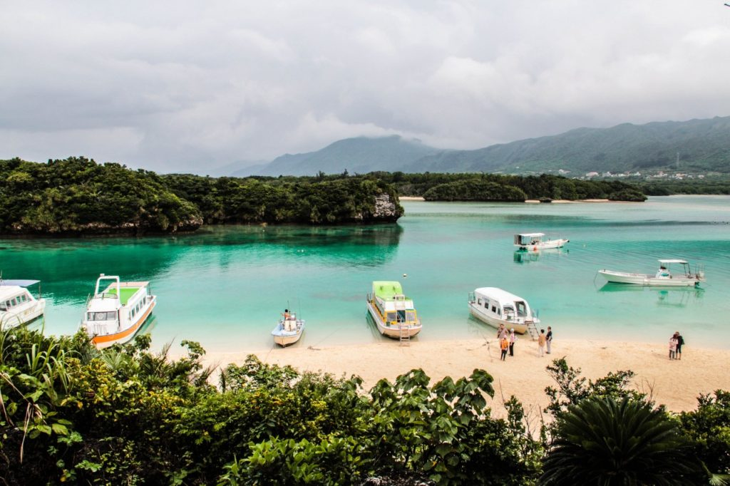 kabira-bay-ishigaki-island-okinawa-c-jnto