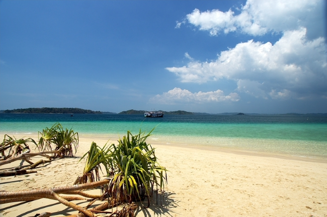 Wandoor Beach is famous among the tourists for its pristine blue waters