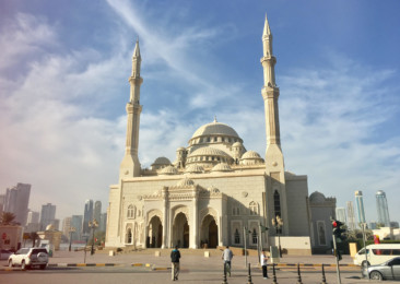 Take a trip to the Al Noor Mosque in Sharjah