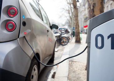 Coming soon: A policy for charging stations for electric cars