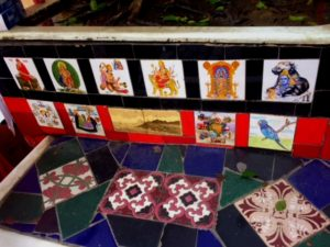 Tiles containing images of Hindu gods and goddesses can be spotted in these iconic steps