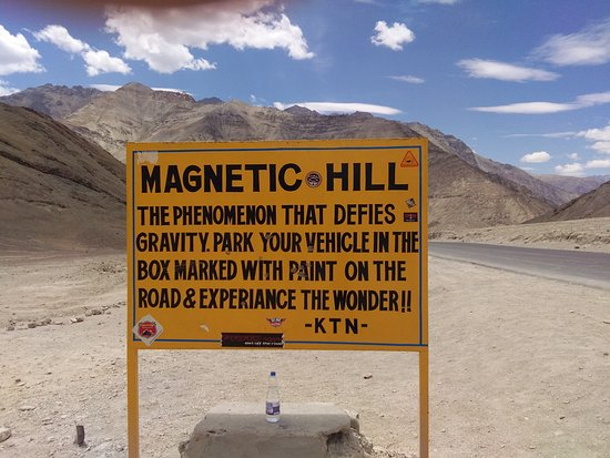 the-mahnetic-hill-leh