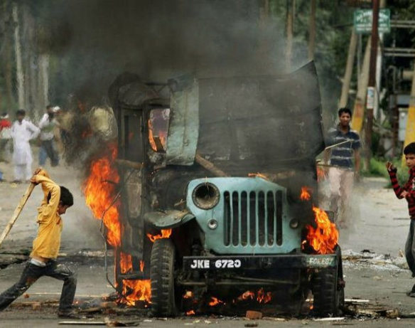 Economic cost of violence in India in constant PPP terms in 2017 was USD 806.2 billion.