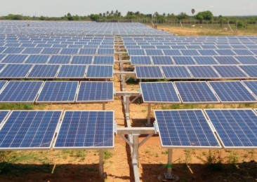 Solar installations in India drop down