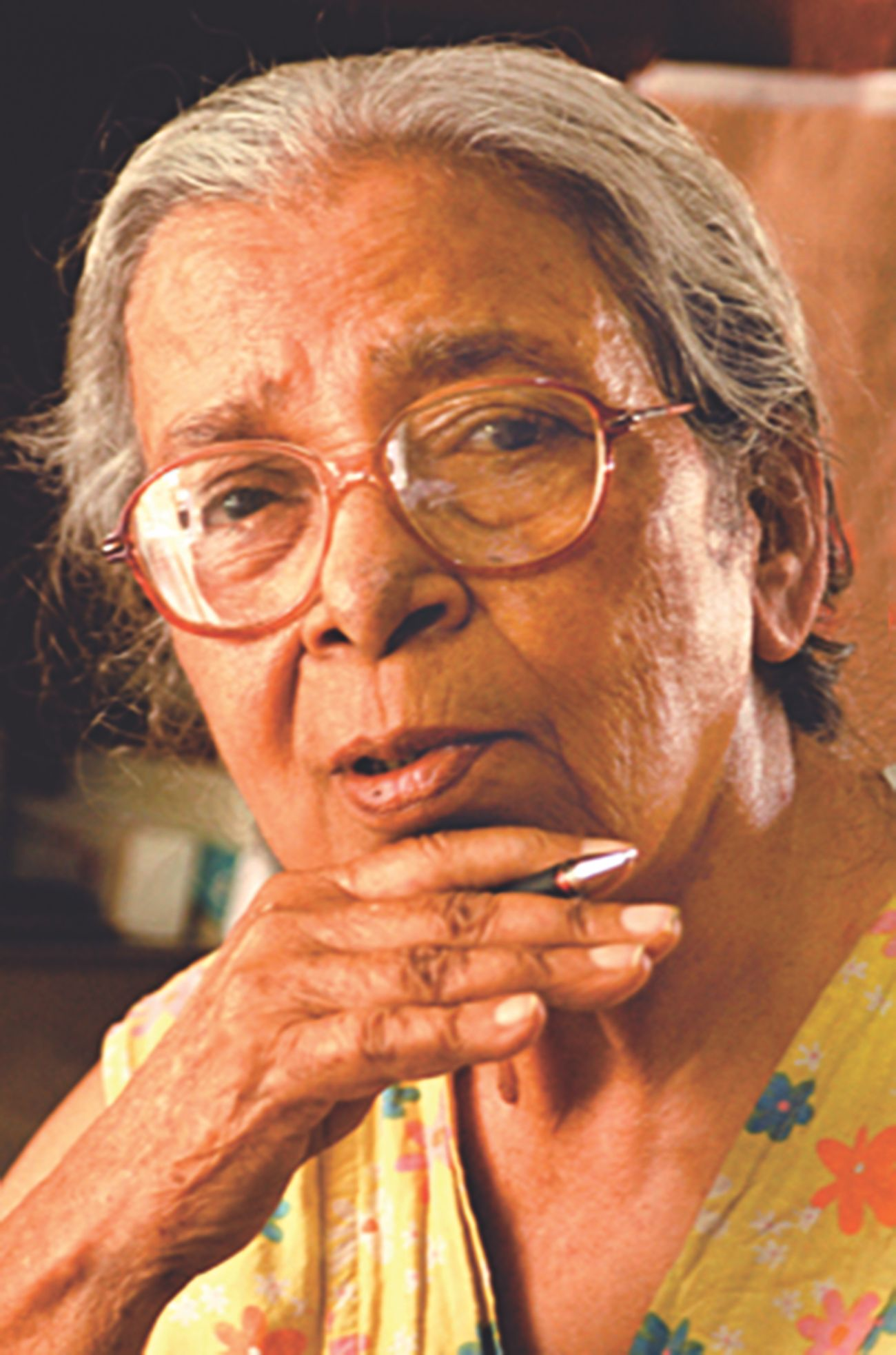 Five eminent female Bengali authors who stir the psyche