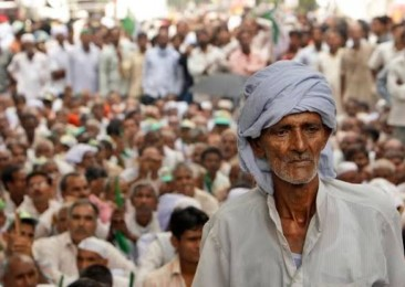 Farmers protest over the deepening agrarian crisis in India