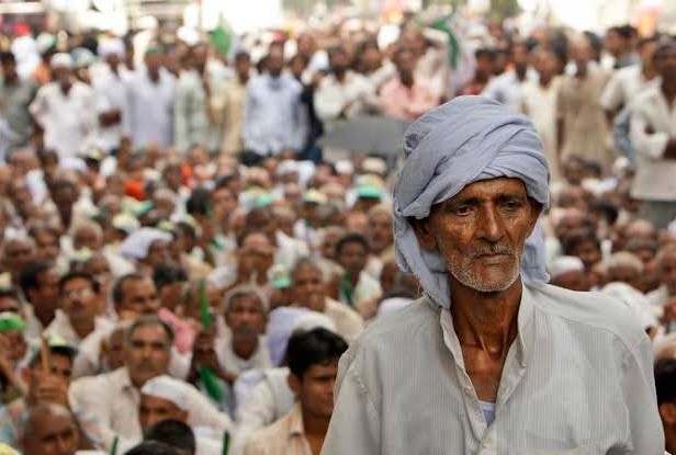 Angry farmers protest in various parts of India