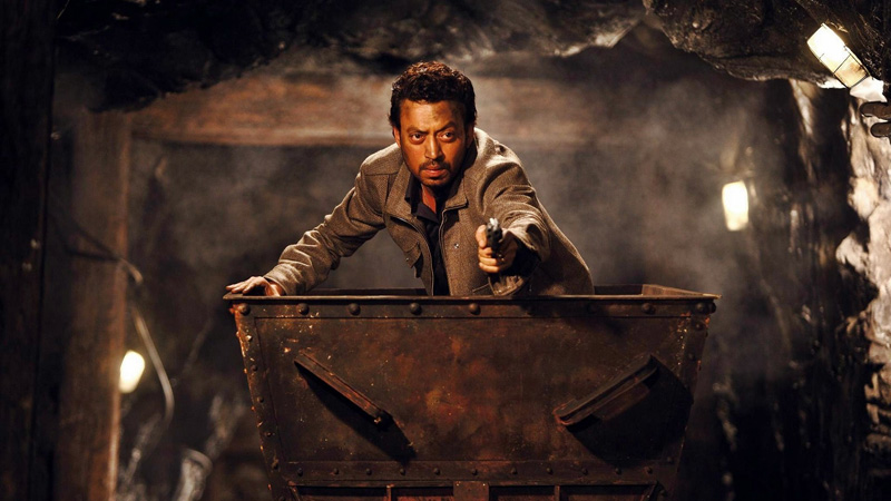 jazbaa-movie-still-irrfan-khan